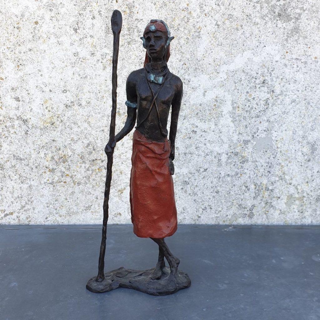 Kunst te koop van beeldhouwster Marianne Houtkamp Afrikaanse man brons, ca. 30 cm hoog gesigneerd, Expositie Galerie Wijdemeren Breukeleveen