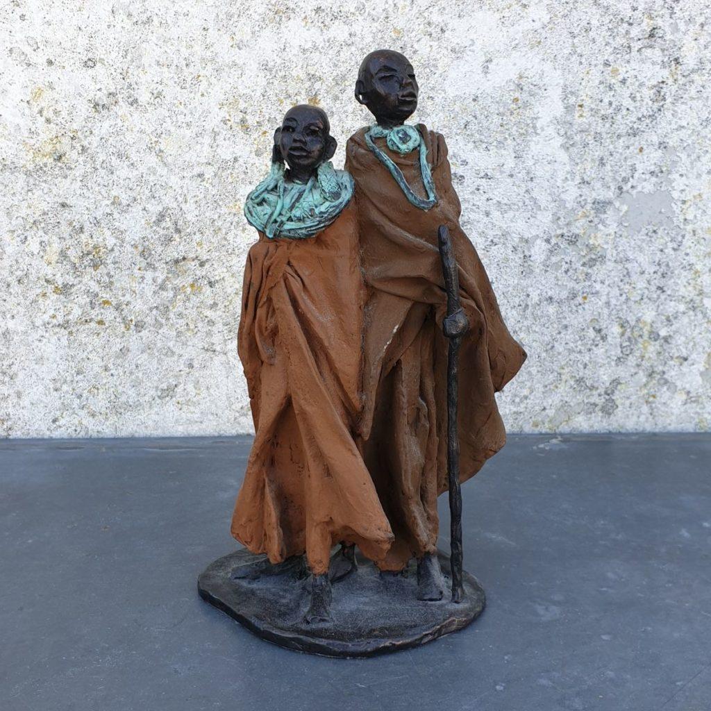 Kunst te koop van beeldhouwster Marianne Houtkamp Afrikaans stel brons, ca. 22.5 cm hoog gesigneerd, Expositie Galerie Wijdemeren Breukeleveen