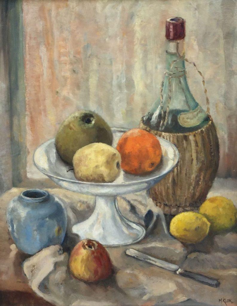 Kunstenaar  B9418 M Klok Keukenstilleven met kruik wijn en fruit olie op doek, doekmaat 50 x 40 cm rechtsonder gesigneerd