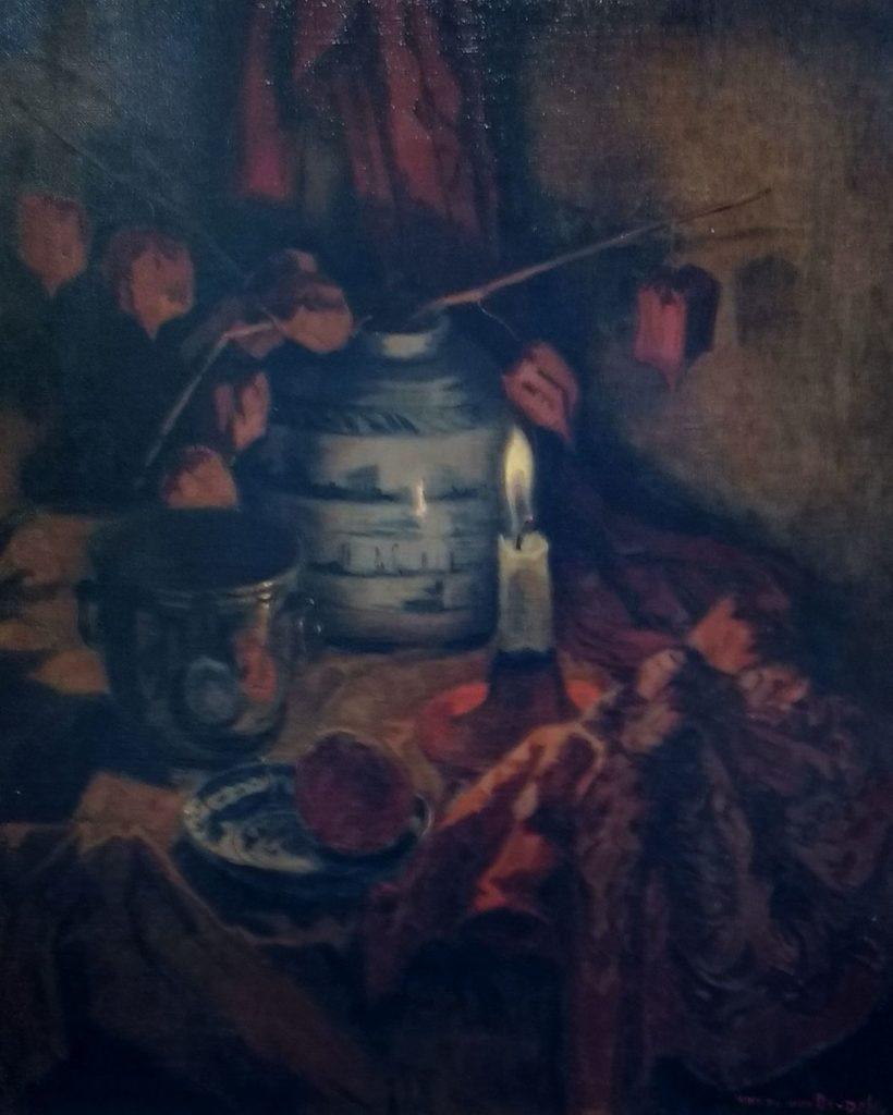 Schilderijen te koop van kunstschilder Henri van Os-Delhez Stilleven met Chinees porselein en lampionplant takken in kaarslicht olie op doek, doekmaat 61 x 51 cm rechtsonder gesigneerd, Expositie Galerie Wijdemeren Breukeleveen