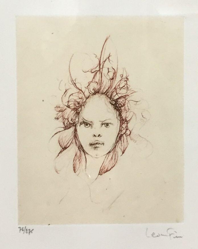 Kunst te koop bij Galerie Wijdemeren van kunstschilder  Leonor Fini Portret ets, beeldmaat 13 x 16 cm 72/275, rechtsonder gesigneerd