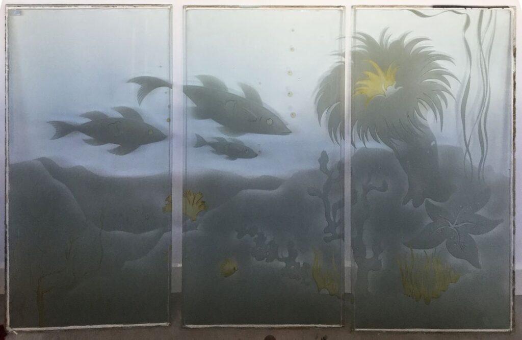 Kunstenaar Jan ten Have C3851, Geb. Ten Have Groningen Vissen drieluik, glas drie glaspanelen van 117,5 x 61 cm