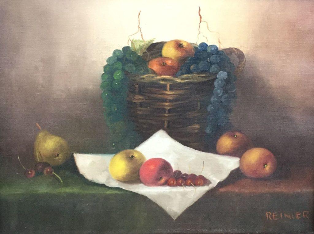 Schilderijen te koop, kunstschilder Reinier Wildeboer Stilleven met fruit en rieten mand Olie op doek, 30.5 x 40.5 cm rechtsonder gesigneerd, expositie Galerie Wijdemeren Breukeleveen