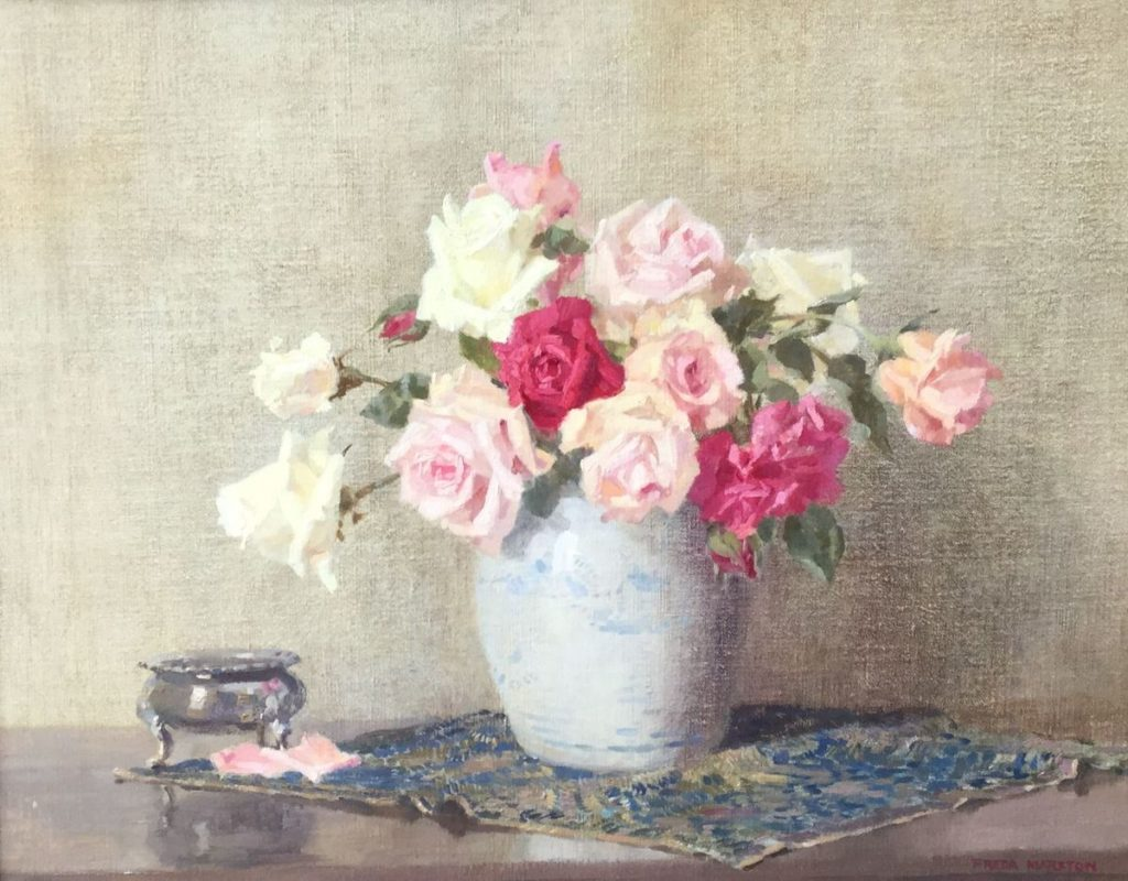 C4451 Freda Marston Stilleven met rozen in gemberpot olie op doek, 41 x 51 cm rechtsonder gesigneerd, Schilderijen te koop bij Galerie Wijdemeren Breukeleveen