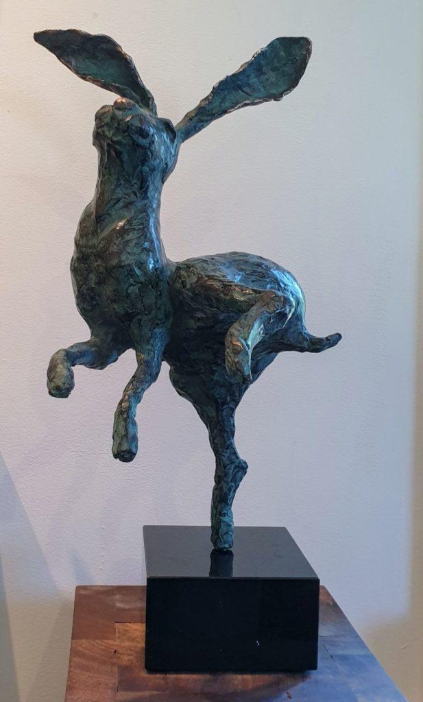 C4719 Marjolijn Dijkhuis Haas Brons, sculptuur ca. 48 cm hoog, kunst te koop, exposities, galerie wijdemeren breukeleveen