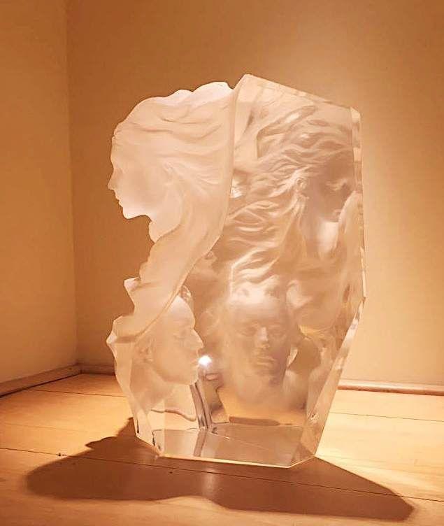 Kunstwerken te koop van kunstenaar Frederick Hart Appassionata Perspex, ca. 40,5 cm hoog, Expositie Galerie Wijdemeren Breukeleveen