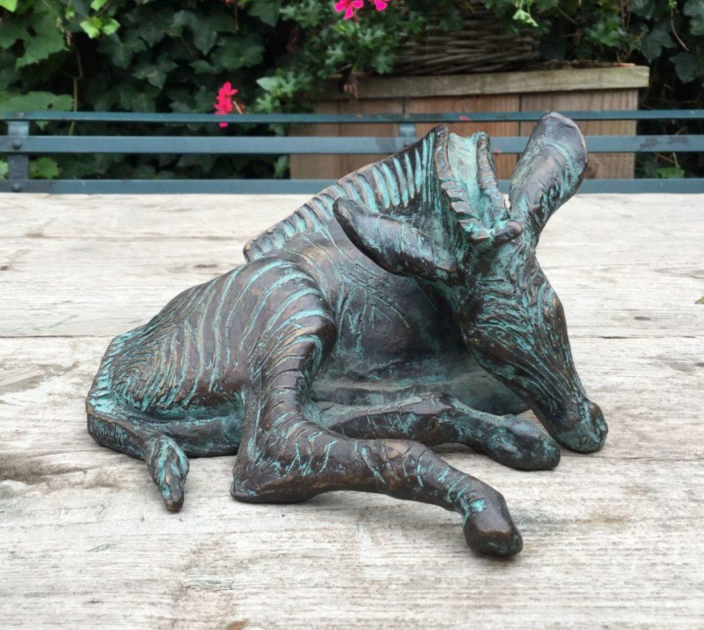 Beelden, Sculpturen, Brons, te koop van kunstschilder Hetty Heyster Zebra brons, ca. 10 cm hoog, Expositie Galerie Wijdemeren Breukeleveen