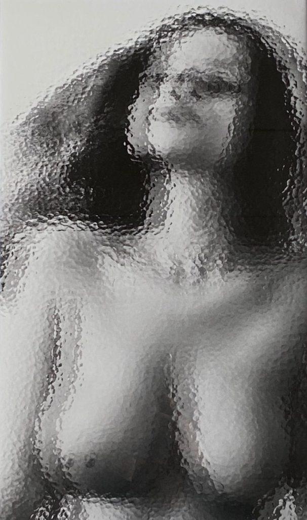 Kunst te koop bij Galerie Wijdemeren van Yasmin Hargreaves Julia fotoprint, 40 x 24 cm oplage 1/5
