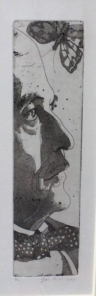 Kunst te koop bij Galerie Wijdemeren van kunstenaar Jan Prins Portret van man met vlinder en vlinderdas ets, beeldmaat 30 x 10 cm oplage 10, datering 1999, rechtsonder handgesigneerd