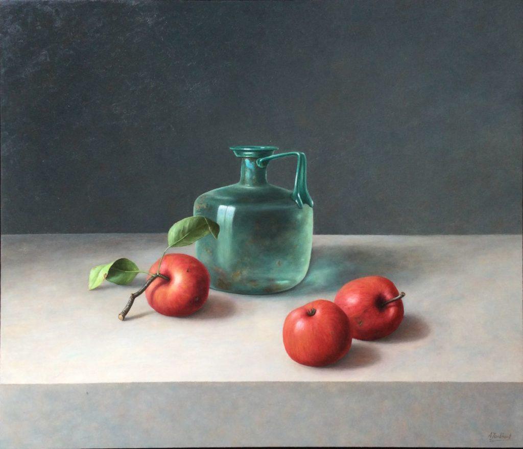 Kunst te koop bij Galerie Wijdemeren van kunstschilder Annelies Jonkhart Romeinse kan met appels olie op paneel, 60 x 70 cm rechtsonder gesigneerd