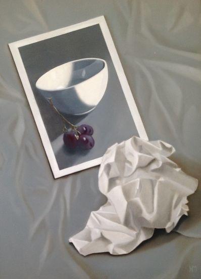 Kunstenaar Hella Maas HELLA3, Hella Maas, stilleven met kom en druiven olie op doek r.o. gesigneerd